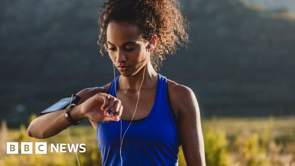 Young people 'feel anxiety and terror' using fitness apps