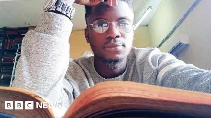 116211104 teslimomipidan नाइजीरियाई ब्लॉगर भविष्य को सूचित करने के लिए अतीत का परिमार्जन करते हैं
