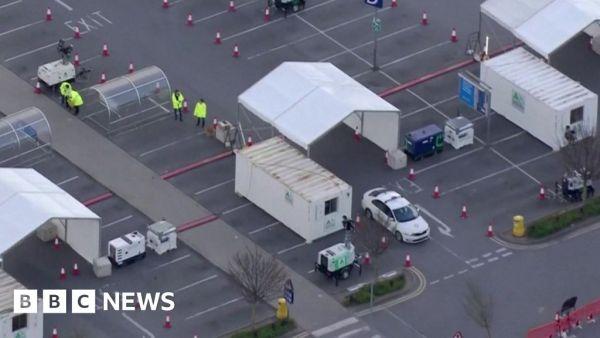 Coronavirus: UK deaths rise to 2,352 amid rush to test medics