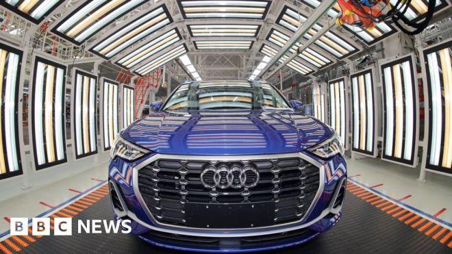 Chip-shortage 'crisis' halts car-company output #world #BBC_News