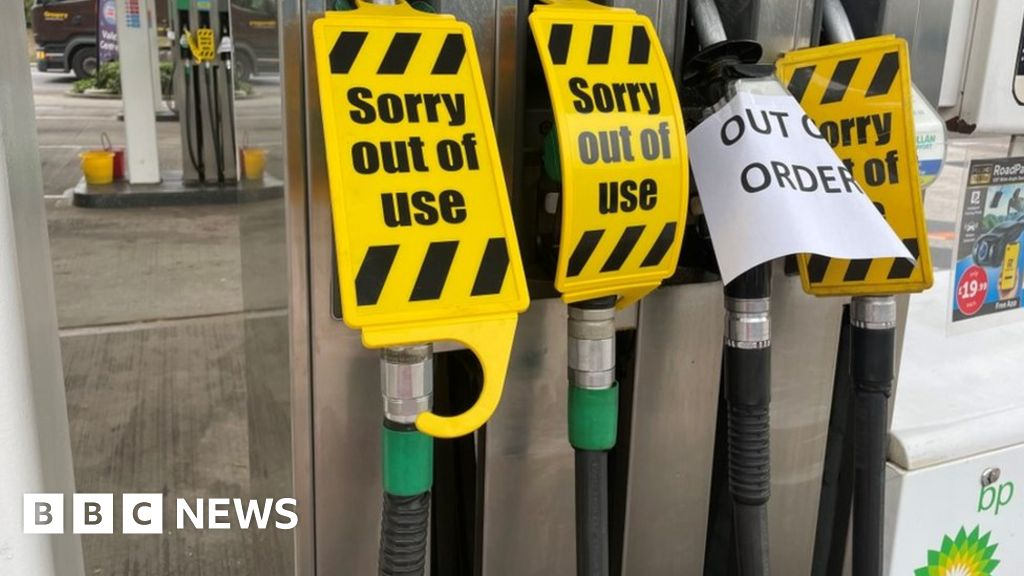 , BP closes some sites due to lorry driver shortage, The Evepost BBC News