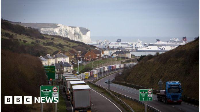 कोविद -19: डोवर पोर्ट 48 घंटे के लिए फ्रांस को निर्यात रोक देता है