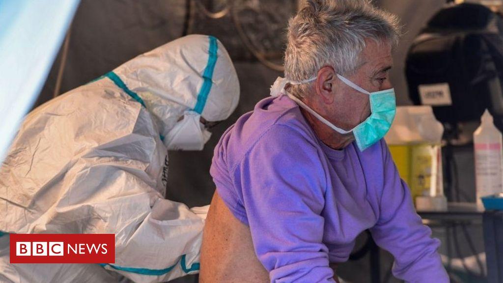 A campanha na Itália para que pacientes terminais com coronavírus possam dizer adeus a familiares