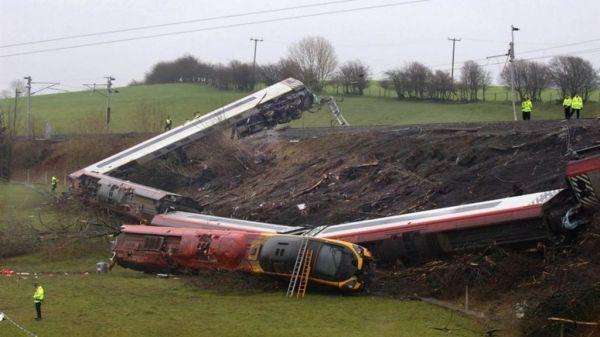 Grayrigg train crash: Son forgives crash engineer - BBC News