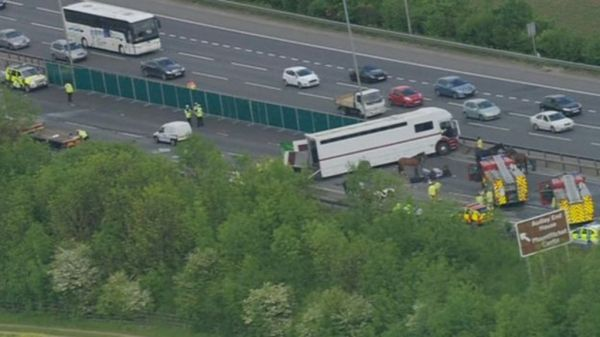 M11 crash: 'Brother and sister' die in five-vehicle crash ...