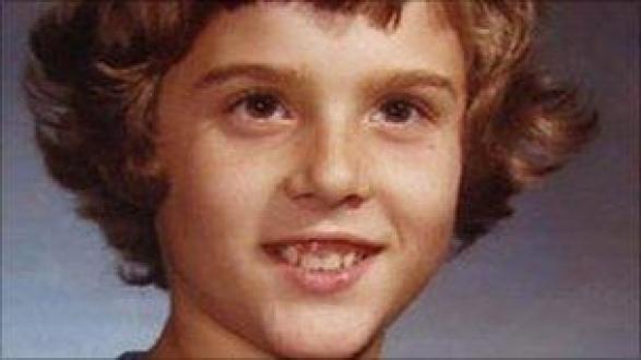 Resultado de imagen de trágica historia del niño que fue criado como niña david