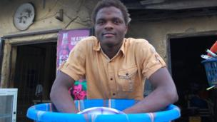 Bar tender Paul Bini in Kano