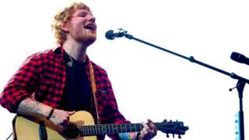 Ed Sheeran plays Glastonbury