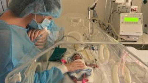 Jessica Jones with Aurelia Duenas Jones in hospital