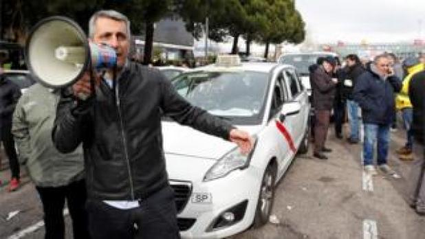 Taxi drivers protesting in Madrid