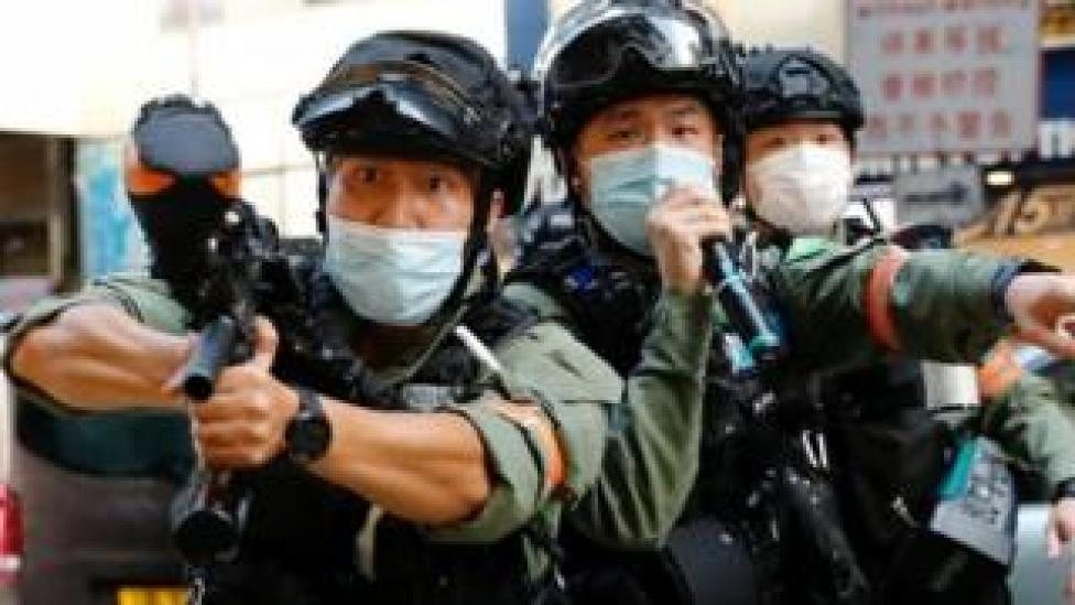 Riot police in Hong Kong prepare to fire pepper-sprayed ball against demonstrators. Photo: 6 September 2020