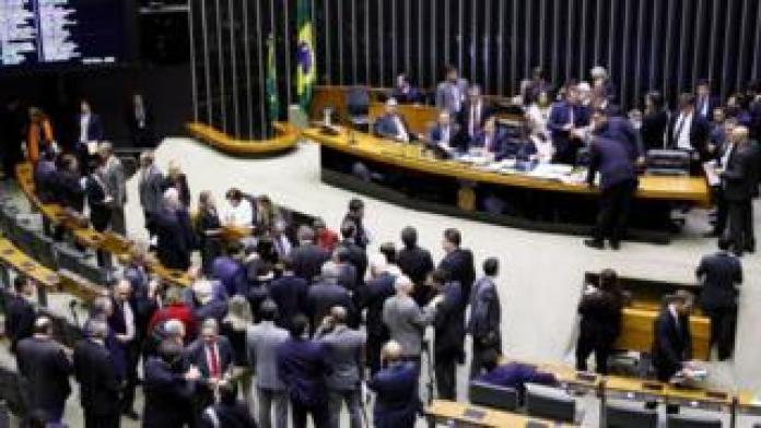 Plenário da câmara dos deputados durante votação da reforma da previdência
