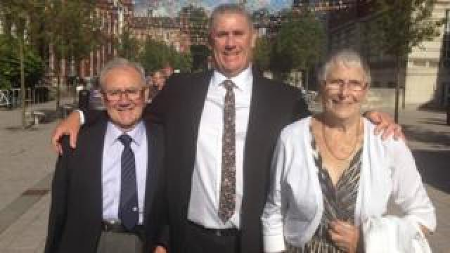 Ali Brownlee with his parents