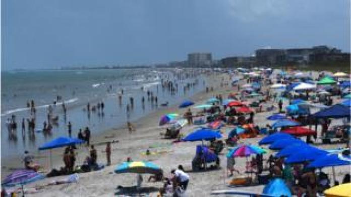 Crowded beach in Florida on July 4