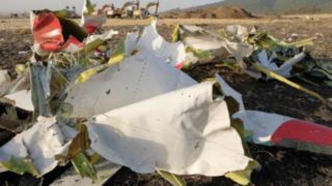 Debris from Ethiopian Airlines flight 302