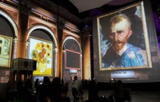 Van Gogh projections