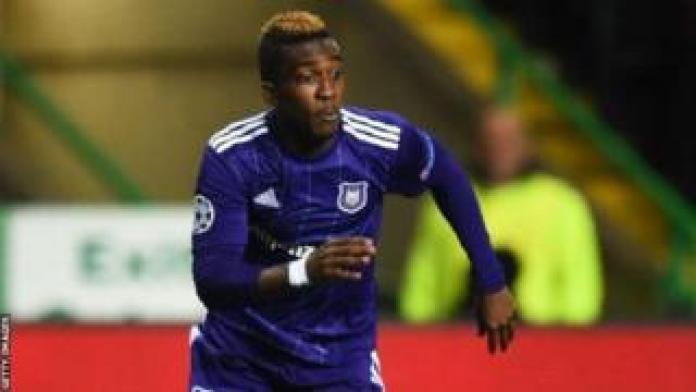 L'attaquant, prêté à Anderlecht par le club anglais d'Everton, a été blessé le 22 décembre