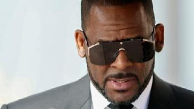 R. Kelly outside court on 22 March 2019
