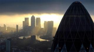 _106983318_mediaitem64901567 Banks fined €1bn by EU for currency rigging