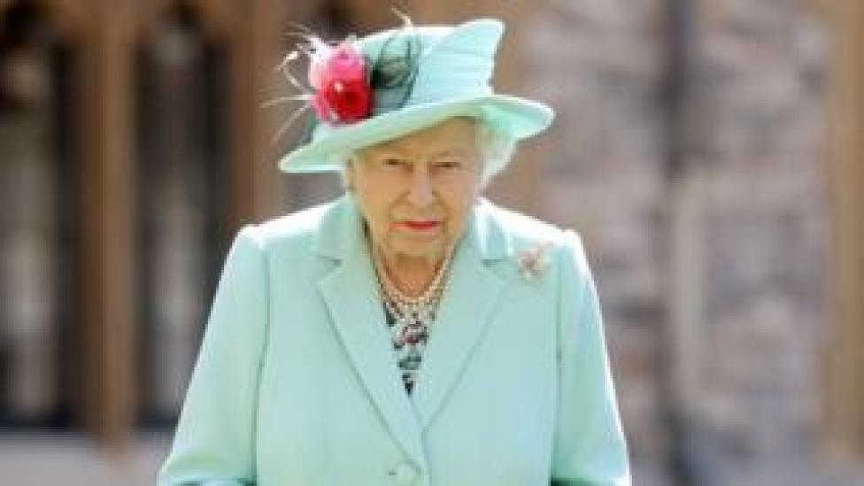 La reina Isabel.