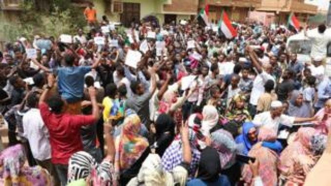 Crowds of protesters in Khartoum