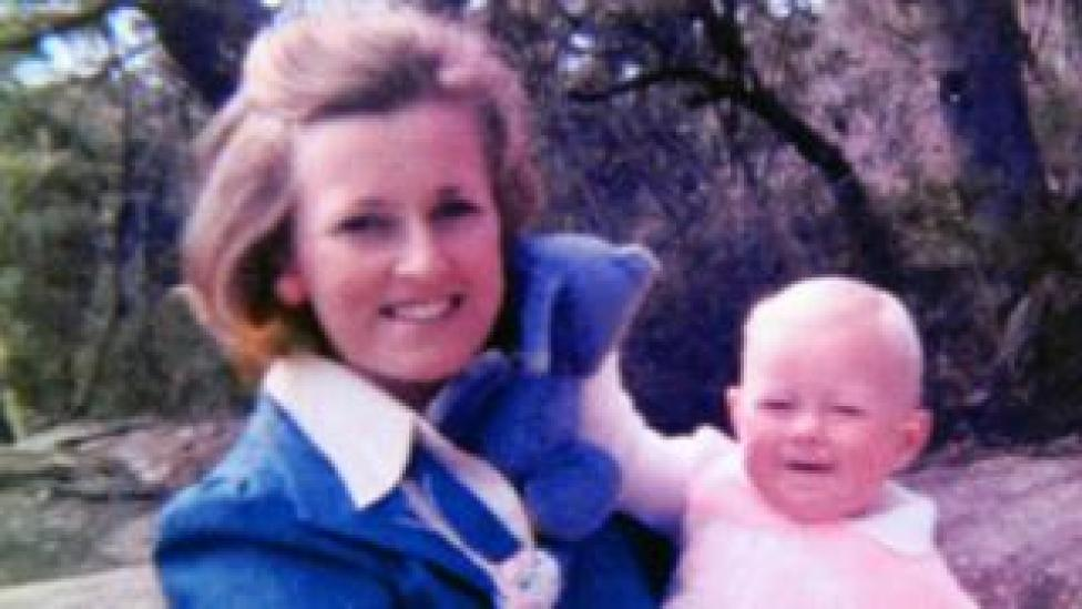 NEWS Lynette Dawson holds one of her baby daughters