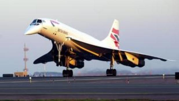 British Airways Concorde Flight 1215 arrives at Logan International Airport from London October 8, 2003 in Boston, Massachusetts