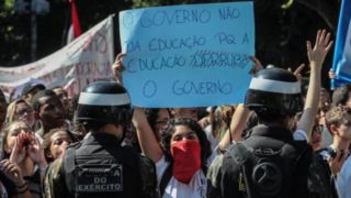 protesto de estudantes