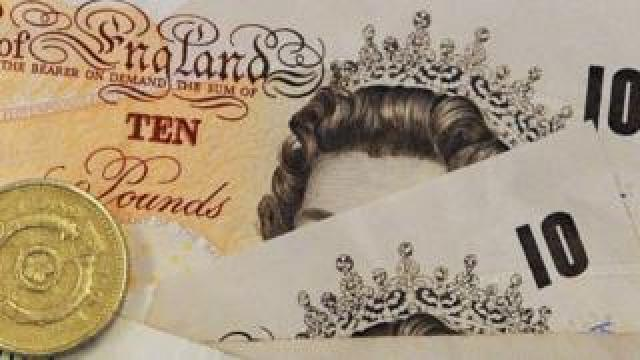 Old tenners and old pound coin