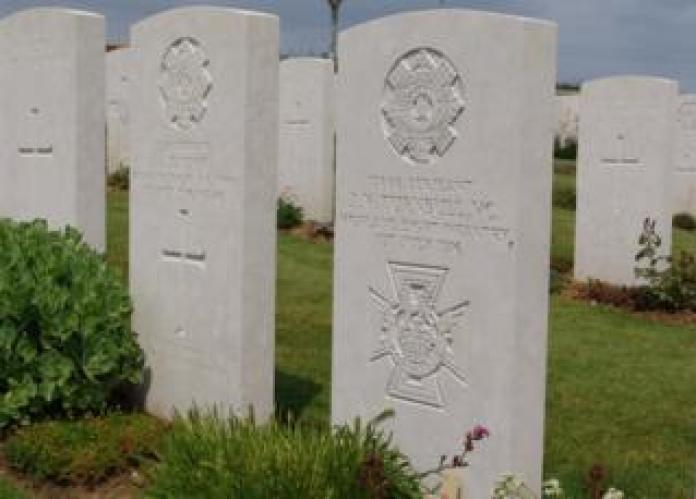 Two tombstones to two soldiers who died on the same day of the Battle of the Somme.