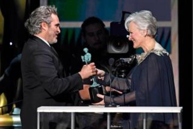 Joaquin Phoenix and Glenn Close