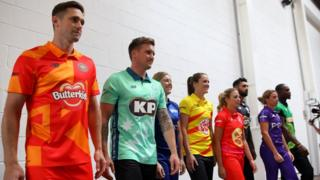Cricket stars pose in the KP-branded kits of The Hundred tournament