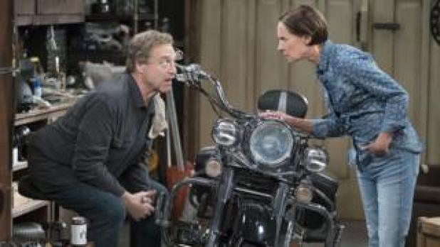 John Goodman and Laurie Metcalf in The Conners