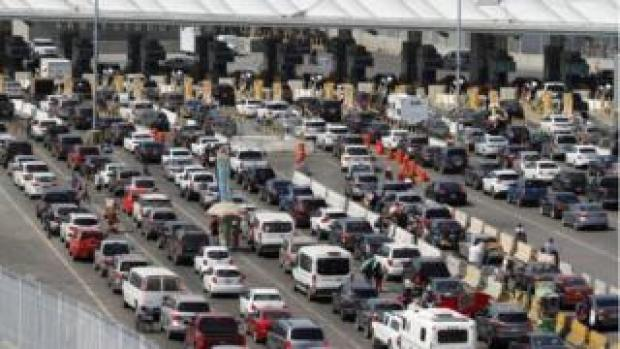 Cars queuing up at at the Mexico and Us border on March 29