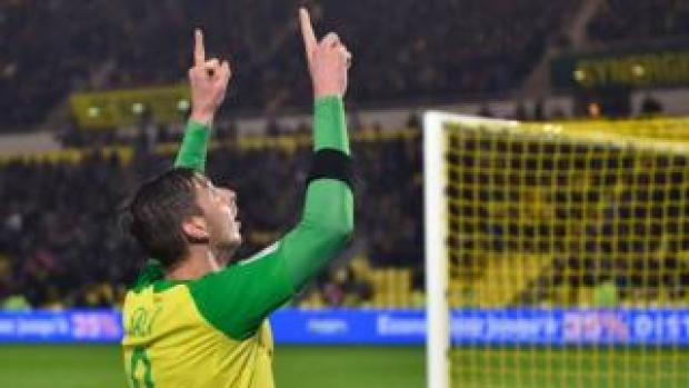 Emiliano Sala celebrates after scoring for Nantes against Troyes