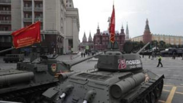 Old T-34 tanks testing in Moscow, June 20, 20