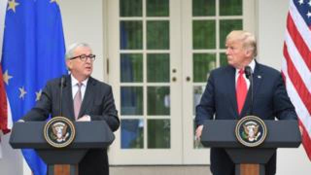 European Commission chief Jean-Claude Juncker (L) and US President Donald Trump at White House, 26 Jul 18