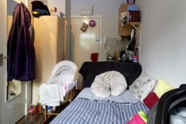 The bedroom of Amelie and her baby