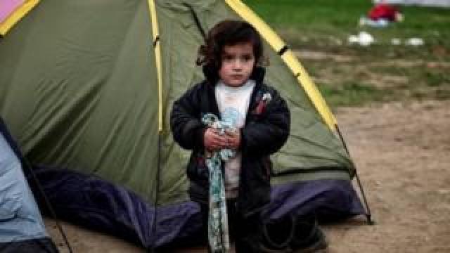 Child refugee in Greece