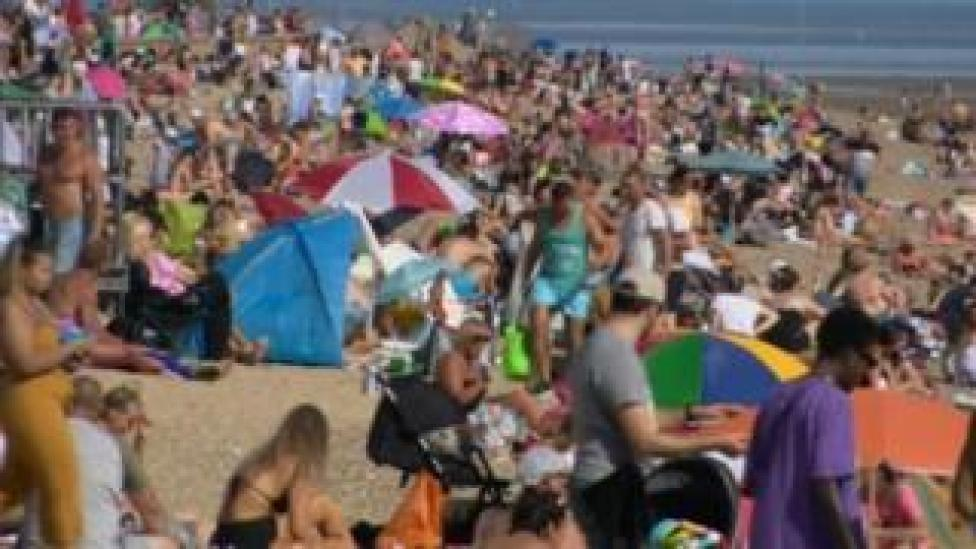 Southend beach crowded with people