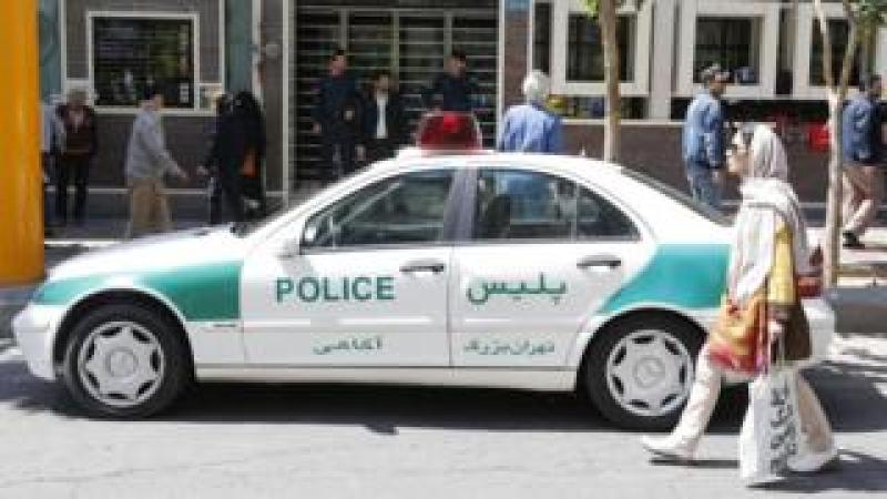 File photo showing an Iranian police car in Tehran (10 April 2018)
