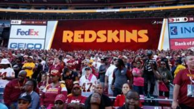 Redskins stadium sign next to FedEx logo