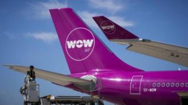 Wow Air plane