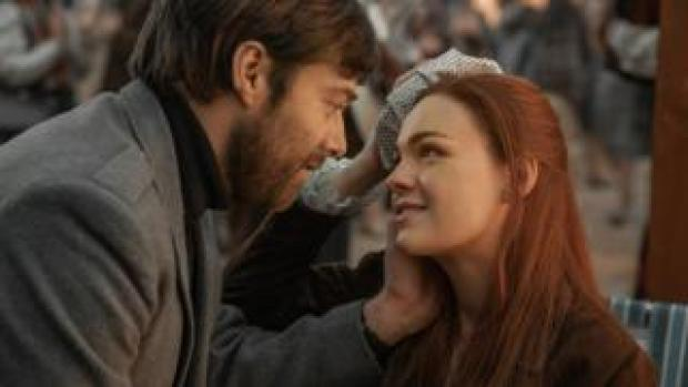 Roger (Richard Rankin) and Brianna (Sophie Skelton) will play major roles in the fourth season of Outlander