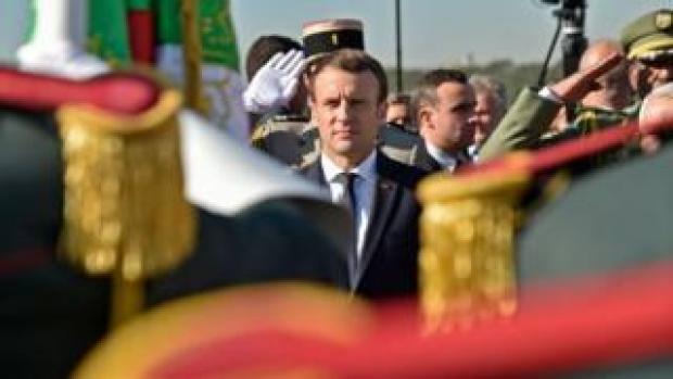 Emmanuel Macron n'a pas voulu déroger à une tradition des présidents français, celle de se rendre dès la première année du mandat en Algérie.