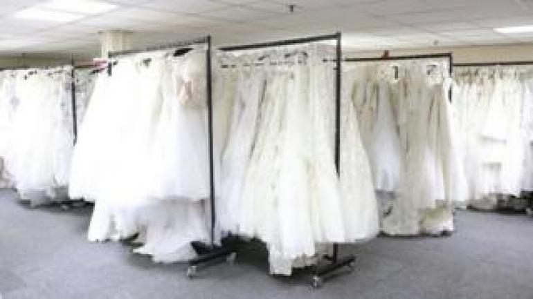 Brautkleider von Berketex Braut