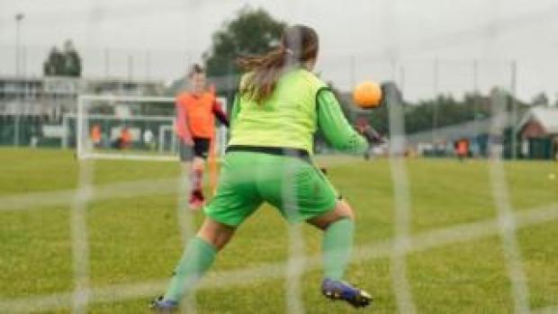 Amateur women's football game