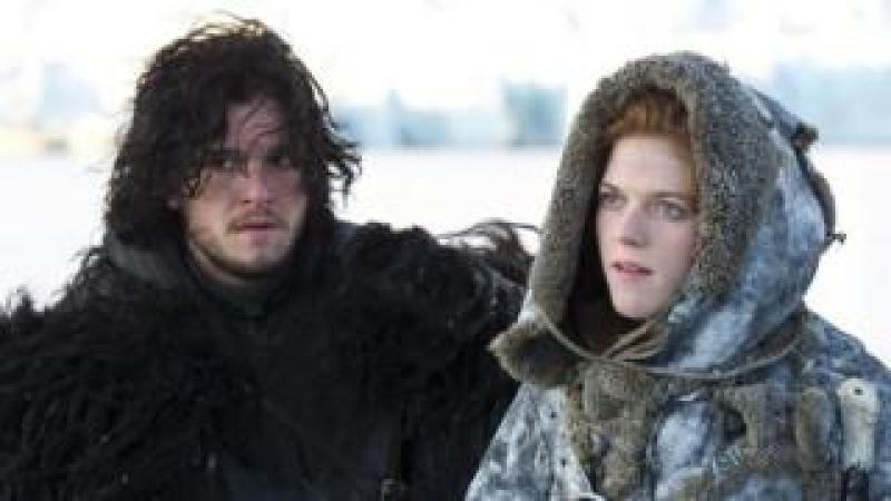 Kit Harington and Rose Leslie in Game of Thrones