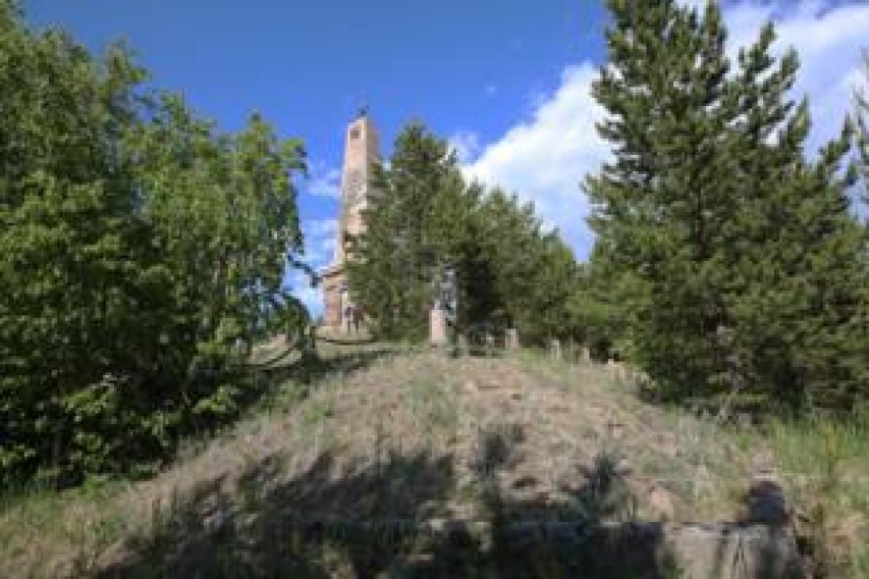 El obelisco en conmemoración de los prisioneros de Mudyug (Foto: Kirill Iodas)