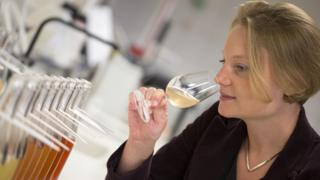 Floriane Eznack tasting champagne